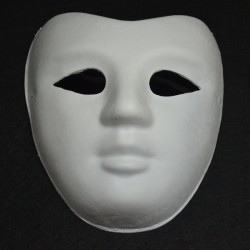 Máscara de carton blanco, Hombre